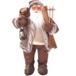 Dekofigur Weihnachtsmann 80 cm mit Ski, Laterne & Sack