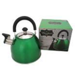 Edelstahl Wasserkessel Grün 2,5 Liter mit Flöte Pfeife