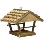 Vogelhaus Futterstelle Erlendach hängend 30 x 25 x 23 cm